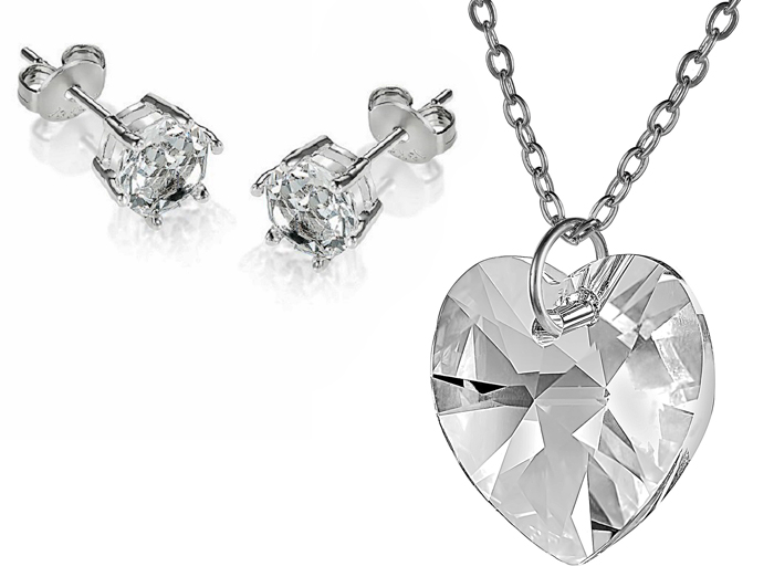 Stunning Clear Heart Pendant Necklace And Earrings Set Made With Swarovski Crystal Element